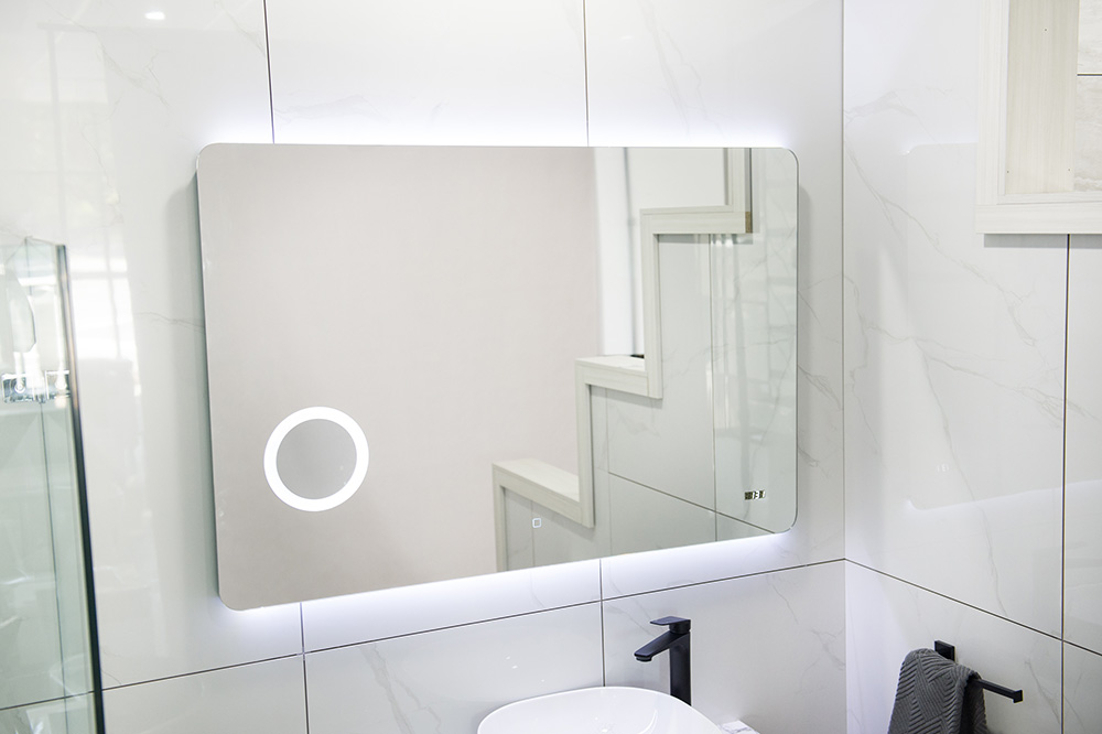 Kylie 750 mm LED Mirror